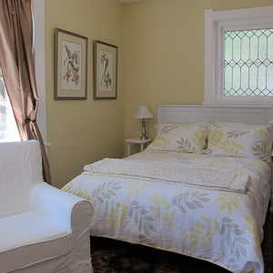 Acorn Suite Bedroom