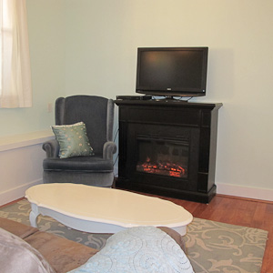 Garden Family Suite - Fireplace and Flatscreen