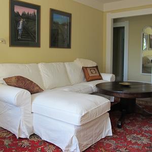 Oak Suite Living Room
