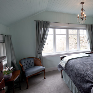 Oak Suite - Bedroom