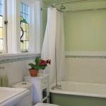 Acorn Suite - Bathroom